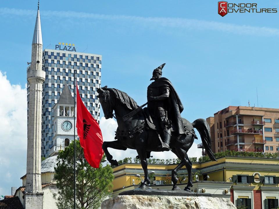 explorealbania-motoros túra-condorriders-sasok földje-albánia-tirana
